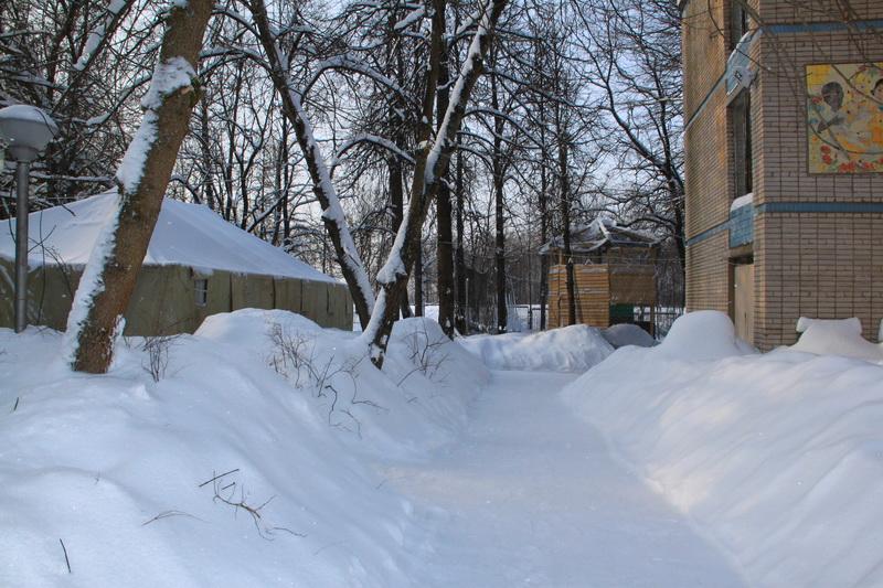 фото армейская палатка