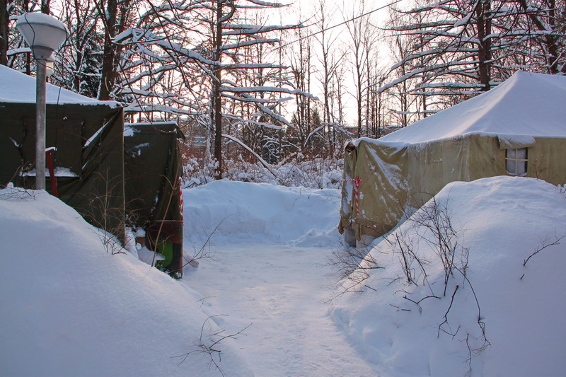 фото палатка армейская офицерская